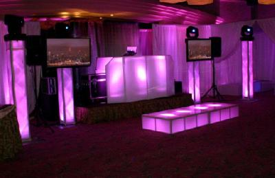 Photo Booth & Lounge Decor